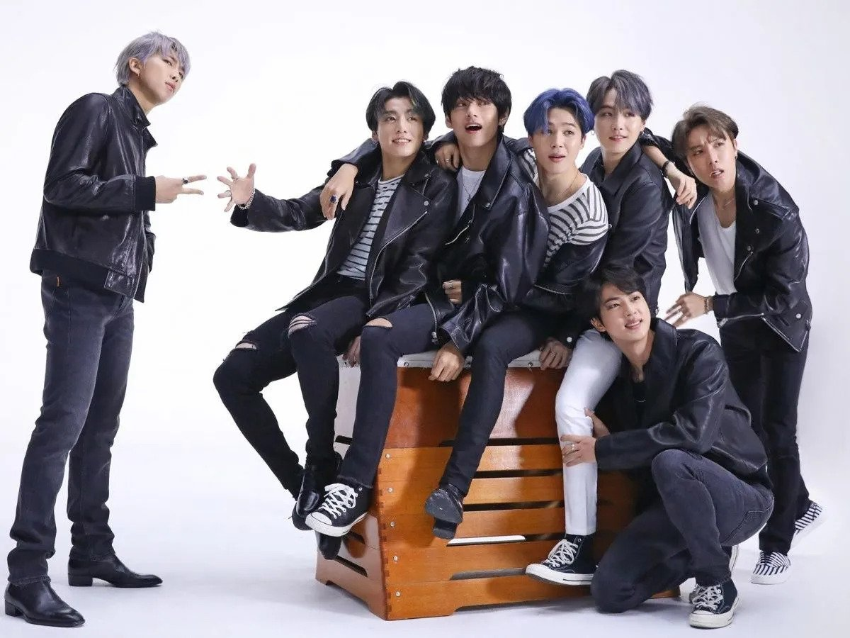 Imagen promocional de BTS para el programa de Jimmy Fallon